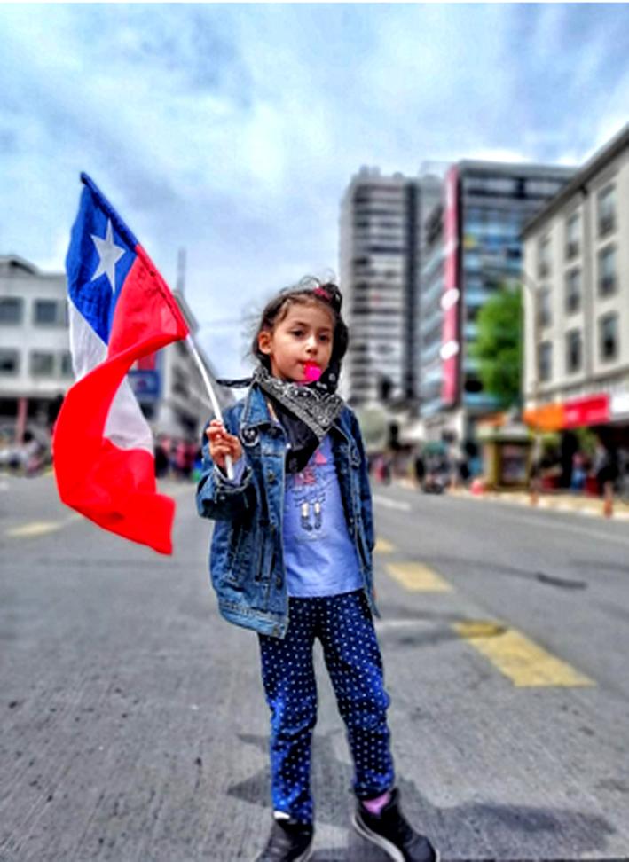 jeune fille drapeau